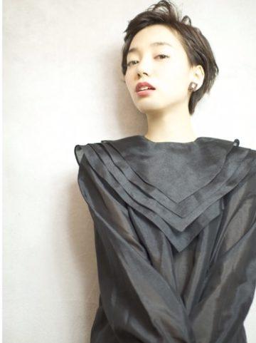 スタイルがキープできない!!朝はよかったのに…☆代官山の美容院BEKKUのブログ☆