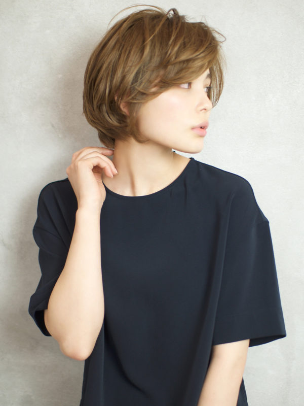 ツヤとふんわりで大人可愛いショートボブ☆前髪長め☆