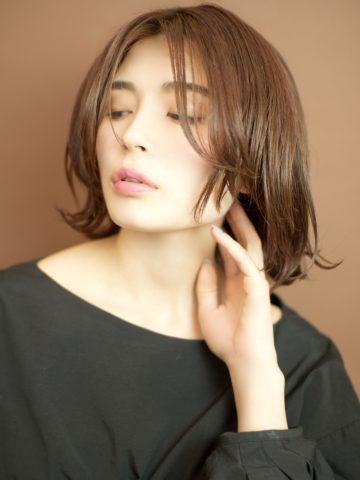 お悩みブログ「アホ毛が出来ないようにする為の対策」〜恵比寿の美容院BEKKUのブログ〜